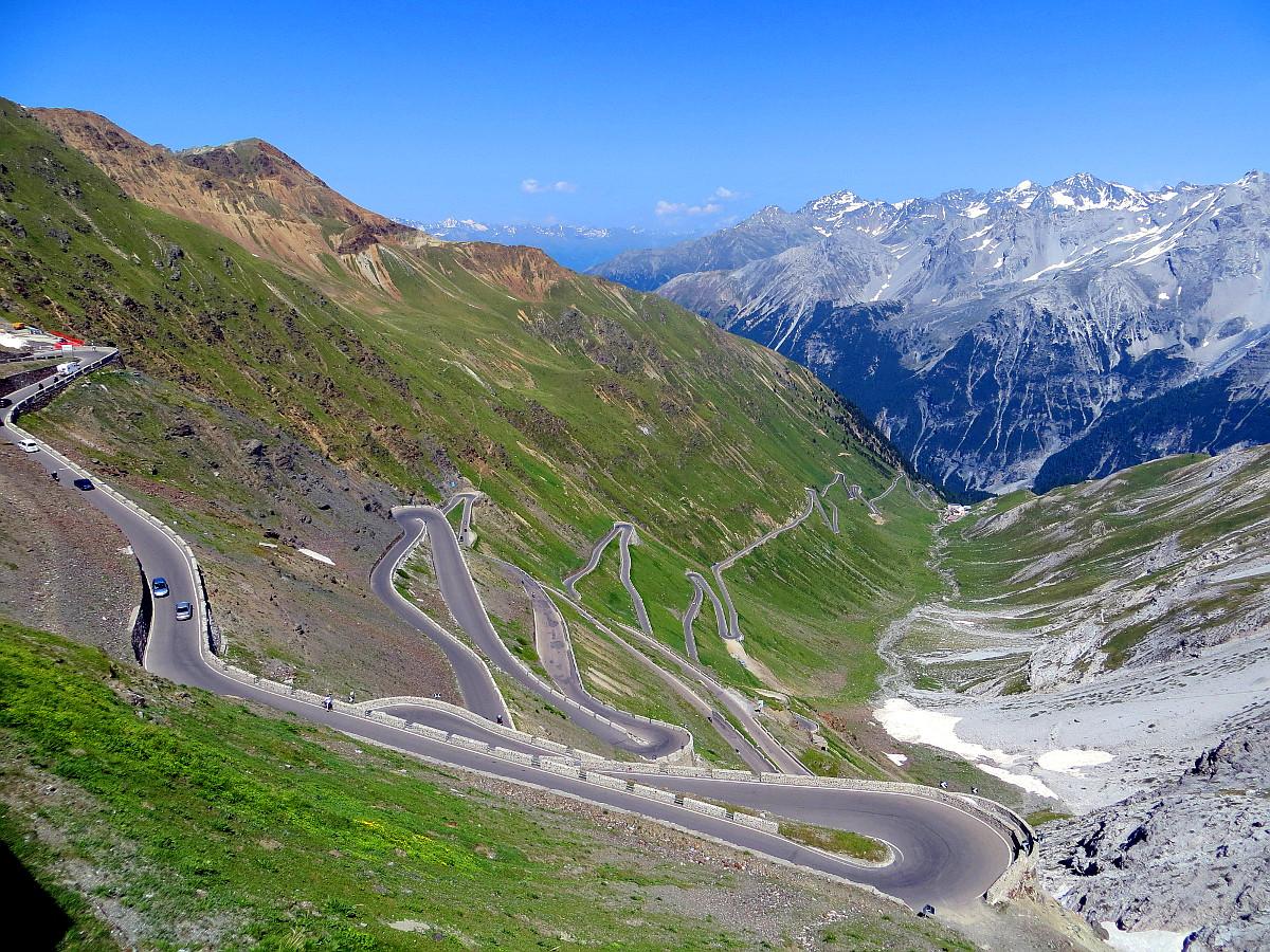 Rowerem przez najbardziej spektakularne drogi w Europie.