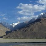 widok z wioski Nishgar na strone afgańską (Hindukusz)