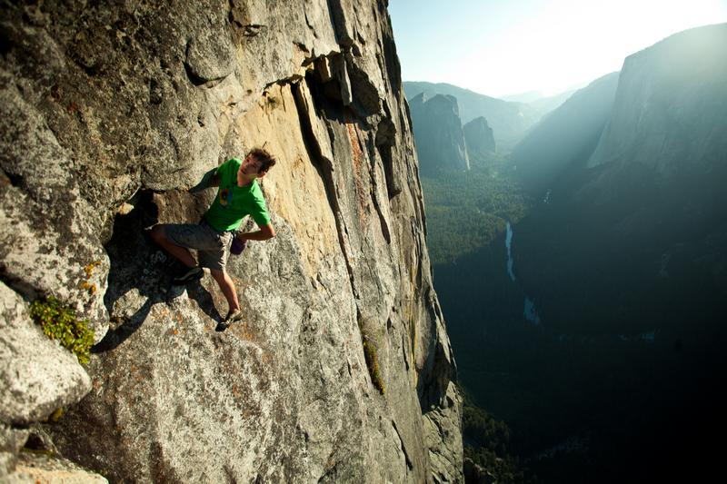 Alex Honnold free-solo on Sentinel 2011 photo by Pete Mortimer.