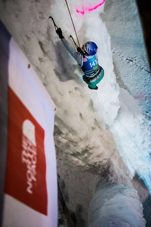 Bieg Olgi Kosek w finale (fot. Patrick Schwienbacher for the UIAA)